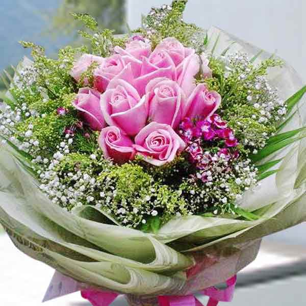 Hot-Pink Roses Hand Bouquet